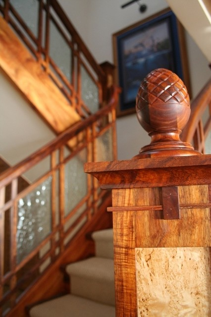Modern Craftsman traditional-staircase