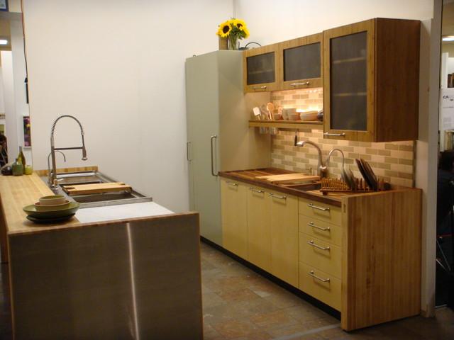 CA BOOM show booth modern-kitchen