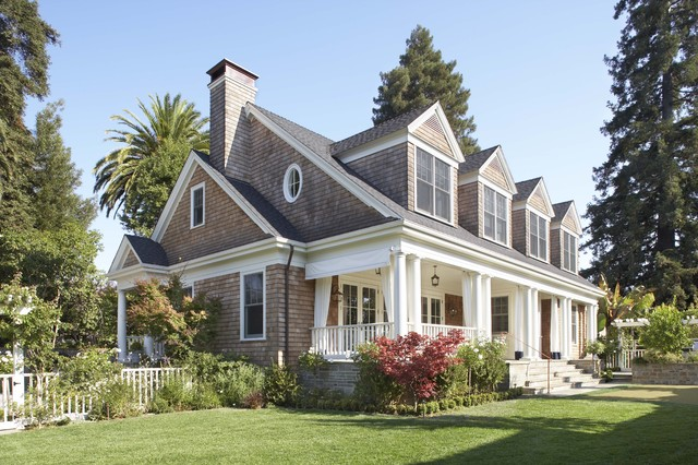 Summer Cottage traditional-exterior