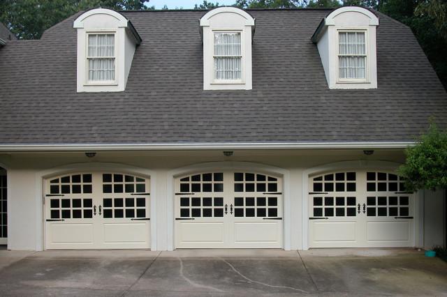 Farm House Garage Doors : Carriage house painted garage doors farmhouse