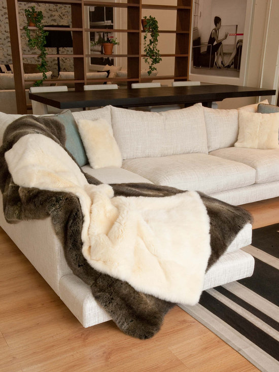 NZ Possum Throws & Blankets - New Zealand Possum fur is an incredibly silky soft, plush, warm and luxurious natural product. This comes with a lovely velvet textured fabric backing.
