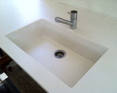 Hard Countertop Materials : Kitchen FAQs: Selecting Your Sink Material