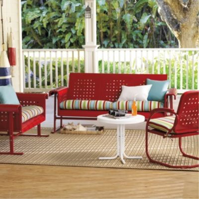 Retro outdoor furniture collection traditional patio for Retro outdoor furniture