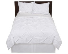 Home Kissing Pleat Duvet Set traditional duvet covers