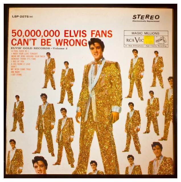 Glittered Elvis Presley 5000000 Fans Album Cover