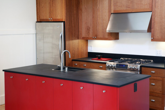 Berkeley kitchen san francisco by tom clossey builder for Kitchen cabinets berkeley