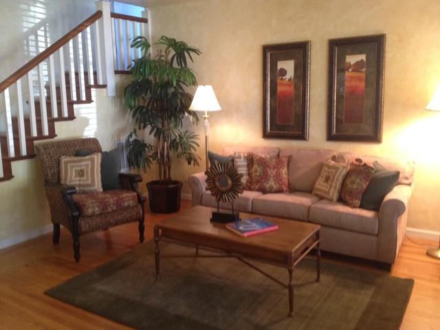 Glen Ellen Country Cottage Traditional Living Room