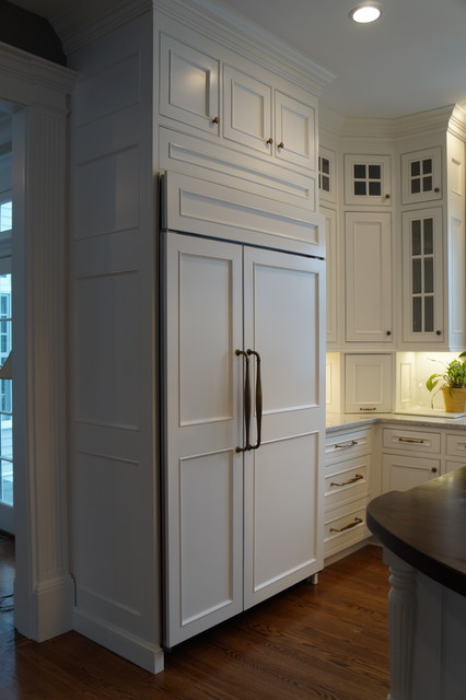 Double row of upper cabinets traditional kitchen cabinetry for Double kitchen cabinets