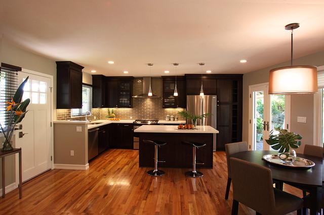 Casual Contemporary Kitchen contemporary-kitchen