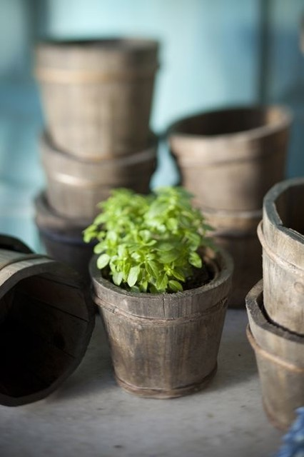 Rustic Wood Garden Pot traditional outdoor planters