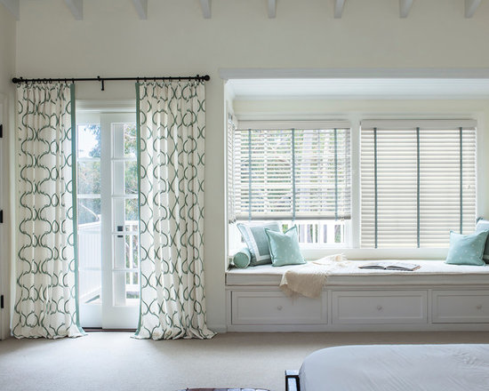 """Smith & Noble 2"""" Wood Blinds - We understand that creating peerless Wood Blinds begins by carefully selecting the wood of sustainable trees like the American Basswood or African Abachi, which are known for their elegant grain detail. From there, artisans skilled in woodworking handcraft every element, ending with a furniture-quality finishing process, in order to ensure unrivaled aesthetic appeal. Wood Blinds are shipped in 5 days. Starting at $68"""