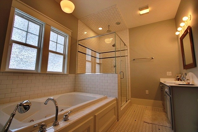Showcase Home Traditional Bathroom New Orleans By