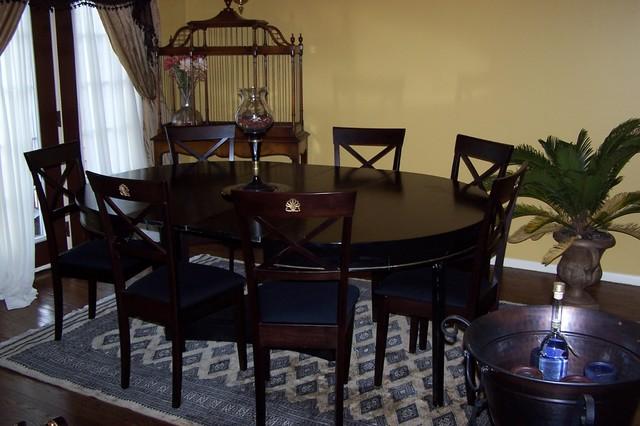 Coccio traditional-dining-room
