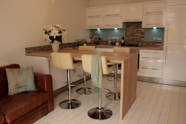 Two Bedroom Flat - Whalley Range modern-kitchen