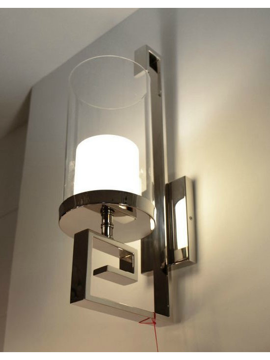 Modern Steel and Glass Wall Sconce in Polished Chrome Finish - size:L7.87'' X H 21.65'' X W5.9'