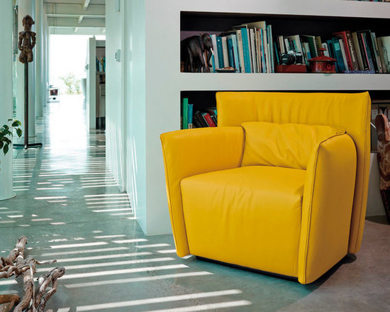 Showroom Pieces - Yellow Leather Swivel Chair