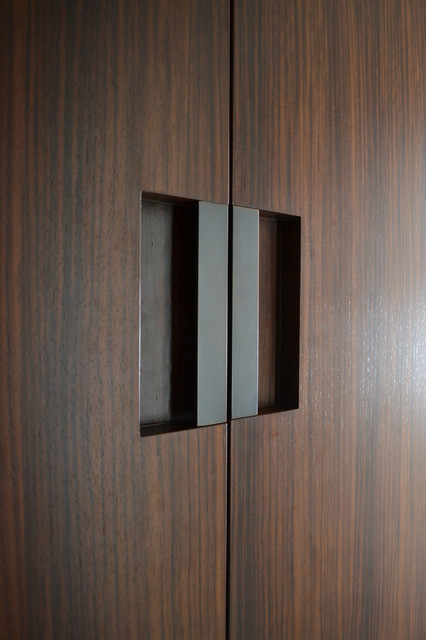 S Min Door Pull Dark Statuary Bronze modern