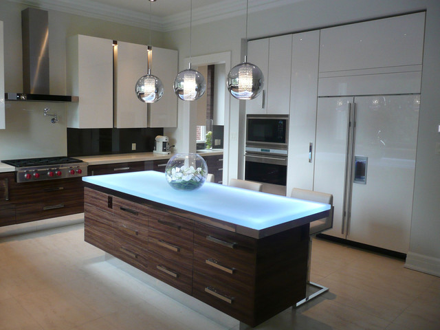Glass island - Contemporary - Kitchen Islands And Kitchen Carts - toronto - by CBD Glass Studios