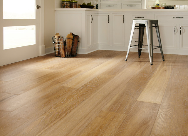 Montage European Oak Laurel Traditional Hardwood