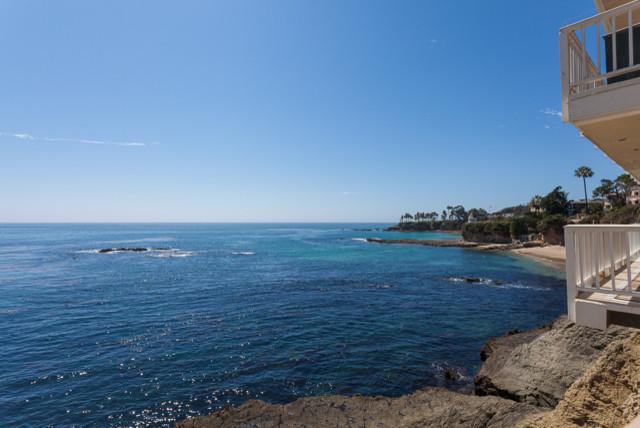 Laguna Beach Stunner - Make Small Space Work!
