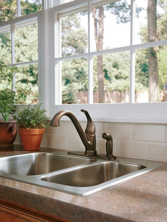 Kitchen Faucet with Sidespray - Moen 7835ORB Camerist Single Handle Kitchen Faucet with Matching Sidespray in Oil Rubbed Bronze