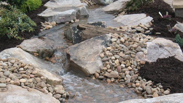 Natural Creek Water Feature (3).JPG