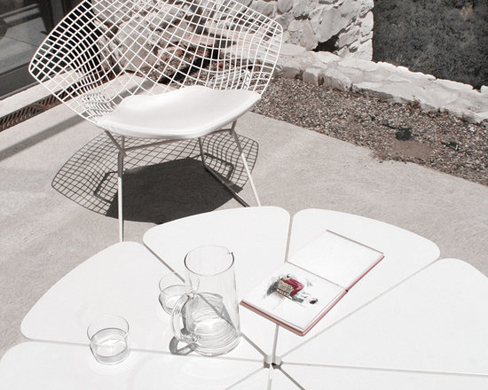 Knoll Outdoor Collection -