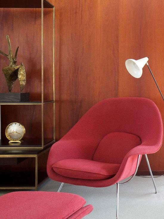 Eero Saarinen Womb Chair - Red Womb Chair designed by Eero Saarinen in 1946.