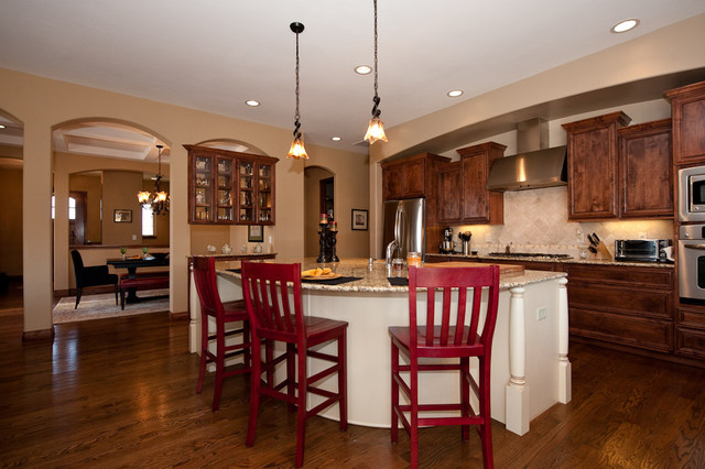 Traditional open kitchen design in denver co for Custom kitchen design