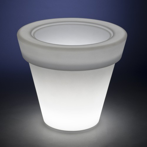 Vazon Magnum Round Planter modern-outdoor-pots-and-planters