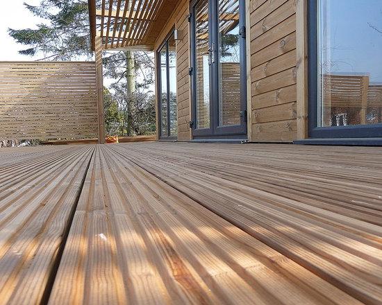 STOM Design contemporary cabin - STOM