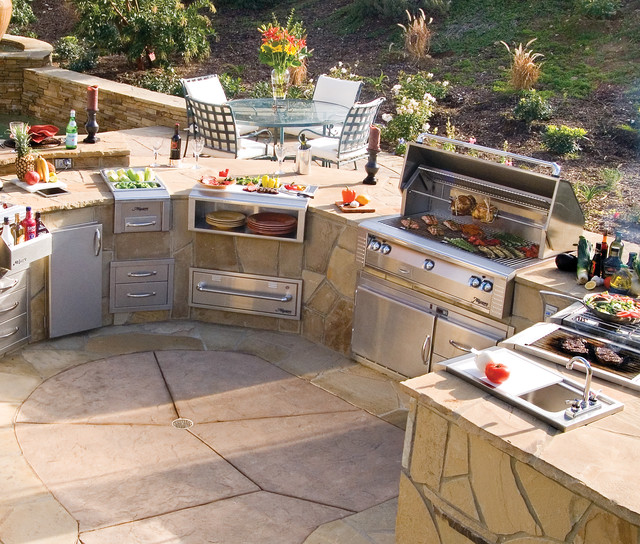Outdoor kitchens grills smokers contemporary for Exterior grill design