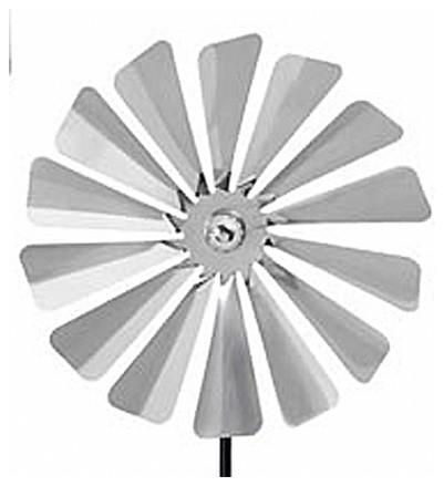 Pinwheel modern-outdoor-decor