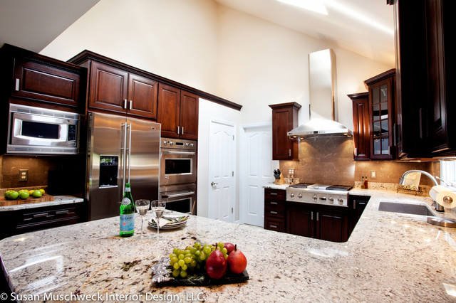 Grand Kitchen Traditional Kitchen Other Metro By