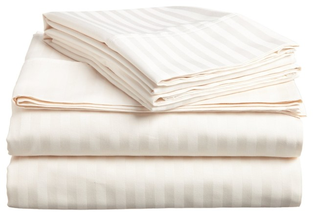Hotel Style White Goose Down Comforters by ExceptionalSheets traditional-sheets