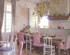OLD SPANISH TERRACOTTA TILES it is DESIGN FLOOR in SPANISH STYLE mediterranean dining room