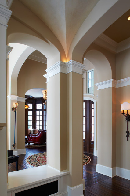 Grand Stair Case Home traditional