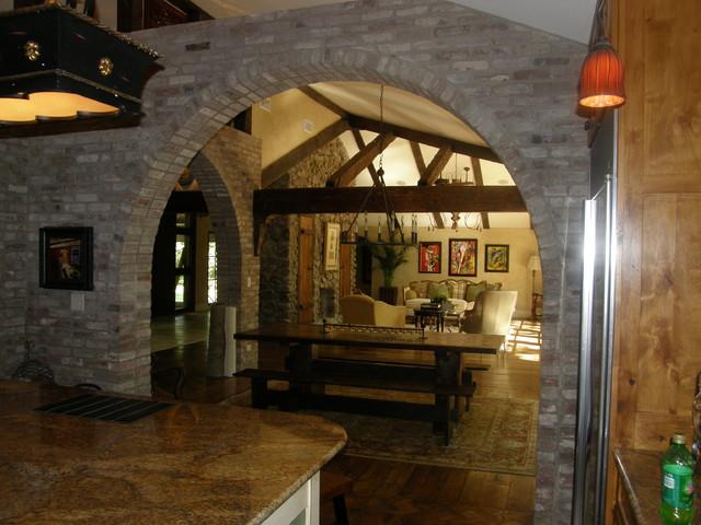 Valley Club Circle, Little Rock mediterranean-dining-room