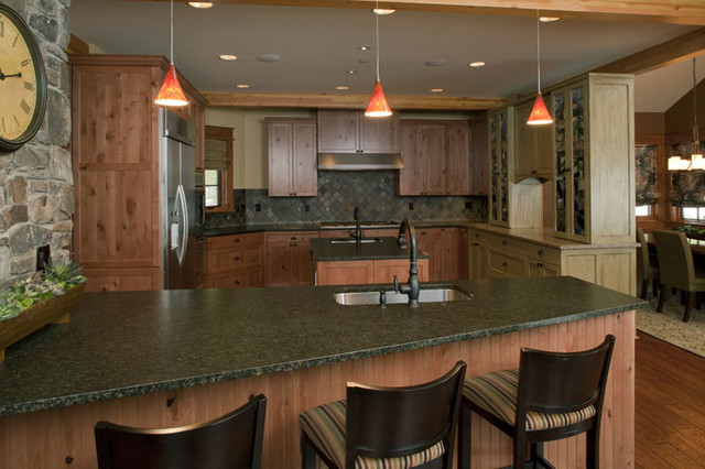 Suncadia Residence traditional kitchen