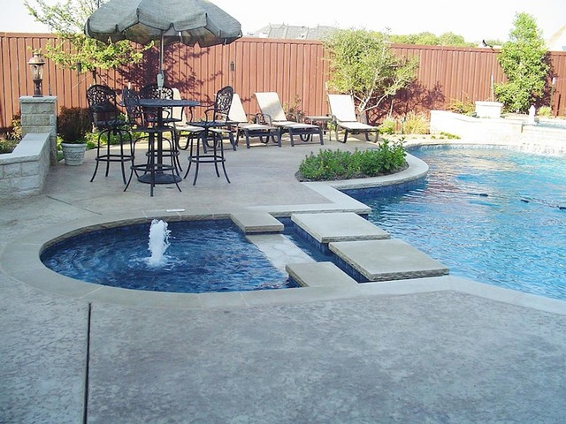 Level Spa with Step Pads - Aboveground Swimming Pools - dallas - by ...