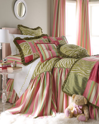 Velvet Couture traditional-bedding