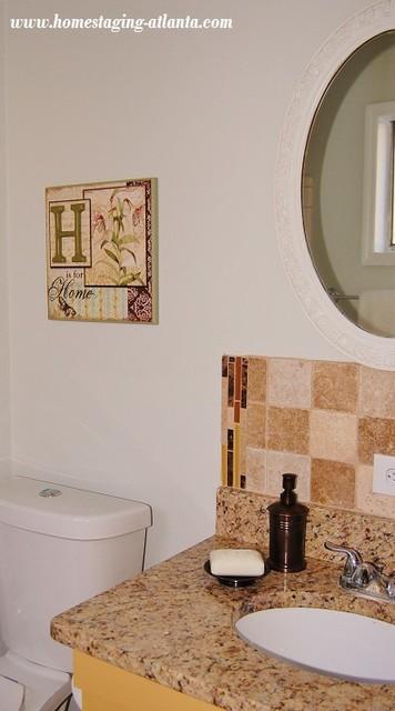 6700 Roswell Road, C 15 Atlanta, GA traditional-bathroom