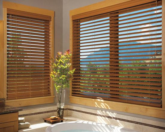 EverWood® alternative wood blinds PowerTilt™ with Platinum™ Technology - Hunter Douglas EverWood® Collection Copyright © 2001-2012 Hunter Douglas, Inc. All rights reserved.