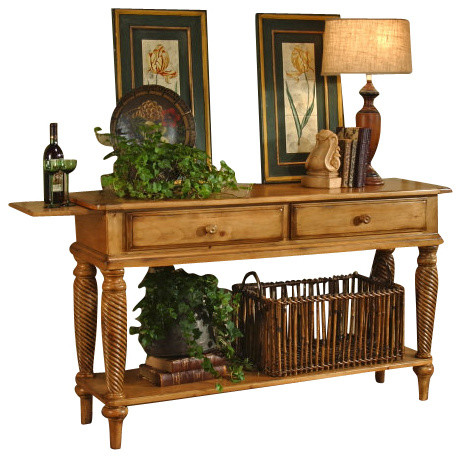 Hillsdale Wilshire Sideboard Table In Antique Pine