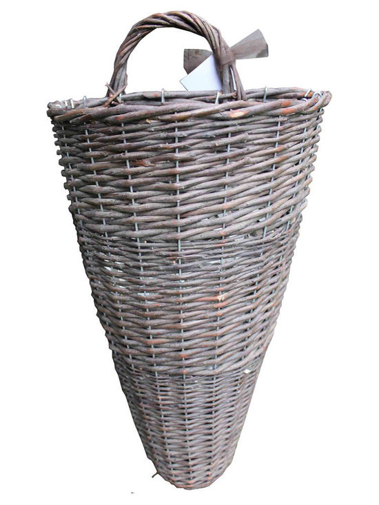 Wicker Hanging Basket - Wicker hanging basket with handle, reinforced metal, very sturdy and perfect to create arrangement for the entry or add dimension to a gallery wall.