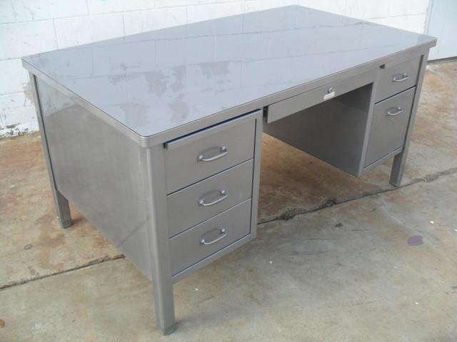 steelcase 60 double pedestal stick leg desk traditional