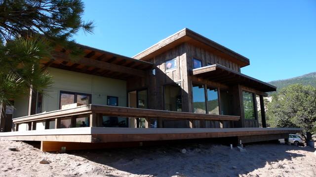 Berry Residence contemporary-exterior