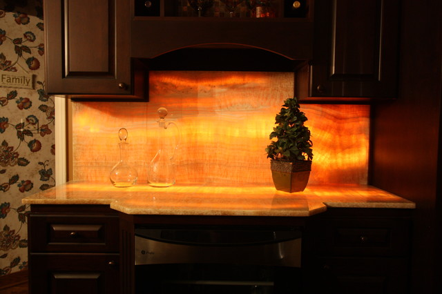 Lit Onyx Counter Eclectic Kitchen Countertops