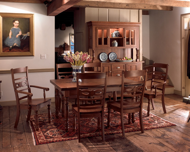 Bedford Dining Set traditional-dining-room