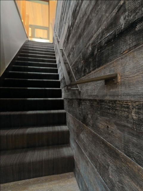 Quaker Bluff Residence rustic